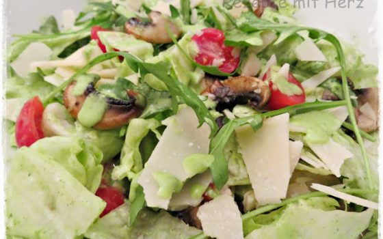 Vapiano Salat mit Rucola Dressing