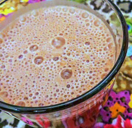 Bananen-Schoko-Eiweiß-Shake