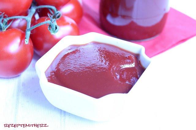 Homemade Ketchup  ♡