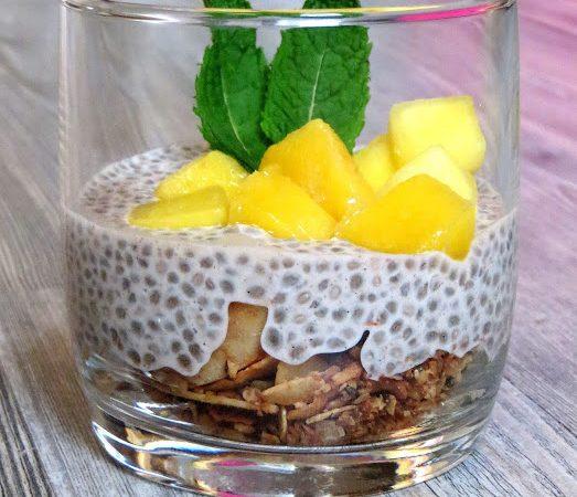 Chia, Mandelmilch & Vanillepudding – Dessert zum Frühstück