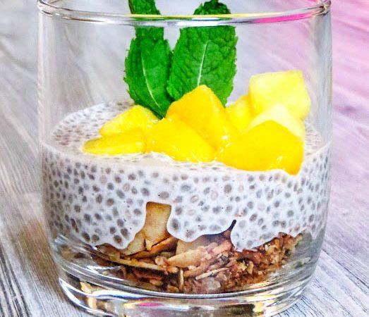 Chia, Mandelmilch und Vanillepudding – Dessert zum Frühstück