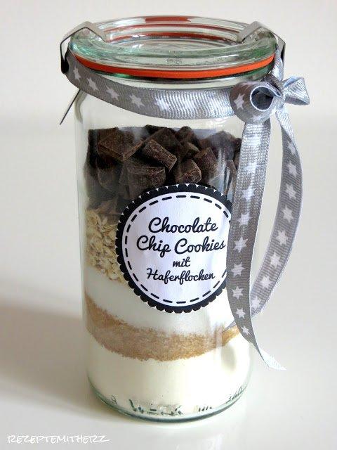 backmischung im glas chocolate chip cookies mit haferflocken. Black Bedroom Furniture Sets. Home Design Ideas