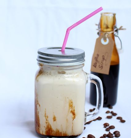Eiskaffee ♡ mit selbstgemachtem Kaffee Sirup