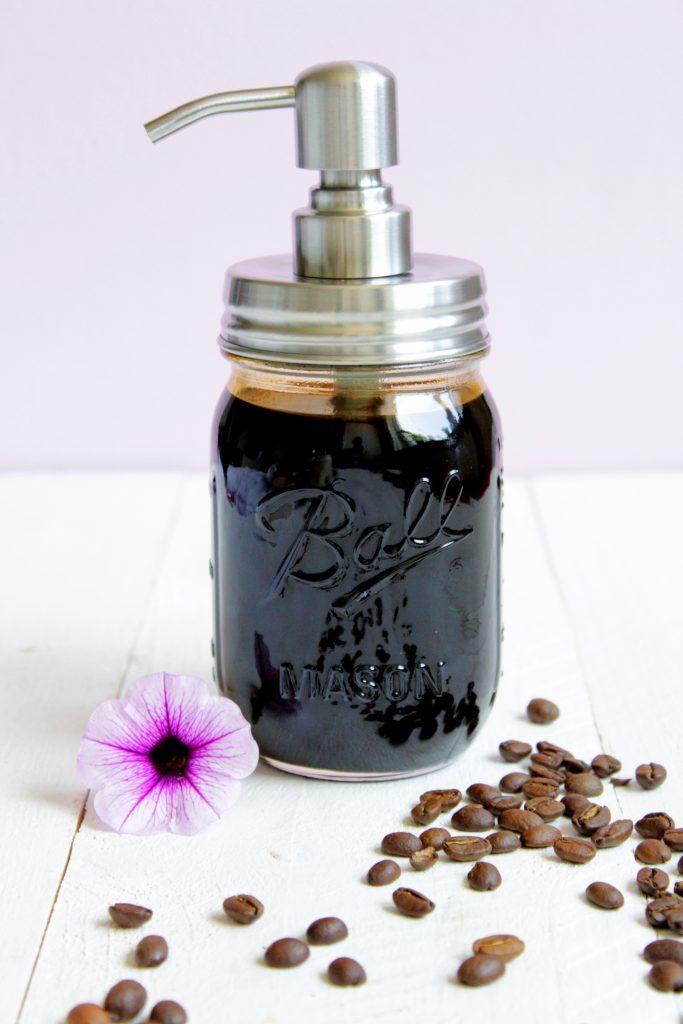 kaffee sirup schwates gold eiskaffee thermomix rezept. Black Bedroom Furniture Sets. Home Design Ideas