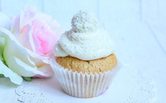 Himbeer Raffaello® Cupcakes