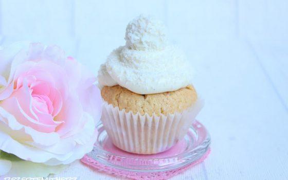 Himbeer Rafaello Cupcakes mit weißer Schokolade  ♡