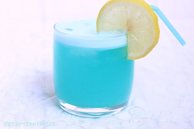 blue lime slushie slush alkoholfrei thermomix rezept. Black Bedroom Furniture Sets. Home Design Ideas