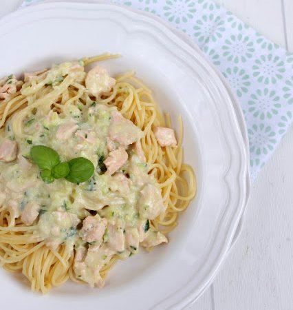 Spaghetti mit Lachs – Sahne – Sauce