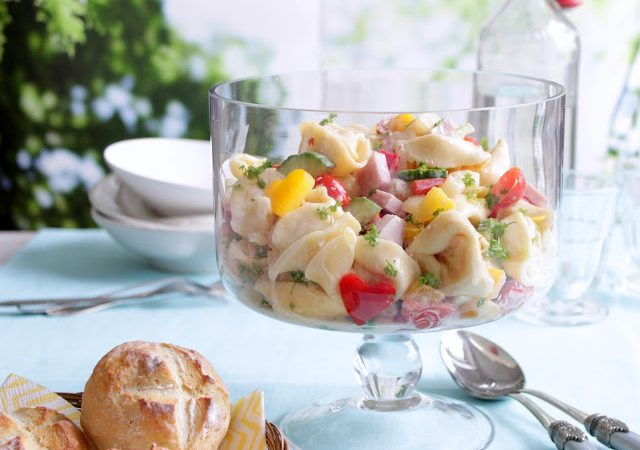 Hawaiianischer Tortellini Salat