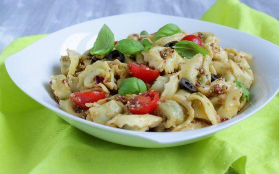 Italienischer Tortellini Salat