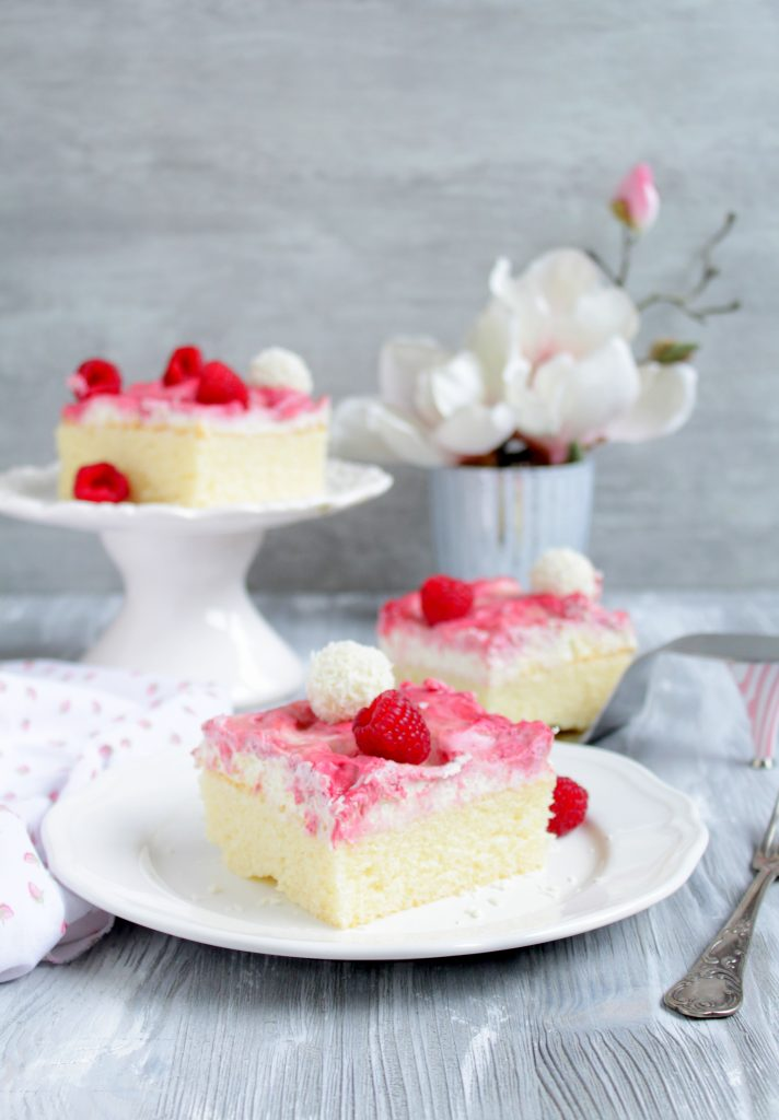 Himbeer Raffaello Kuchen