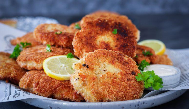 Chicken Fritters mit Aioli Dip