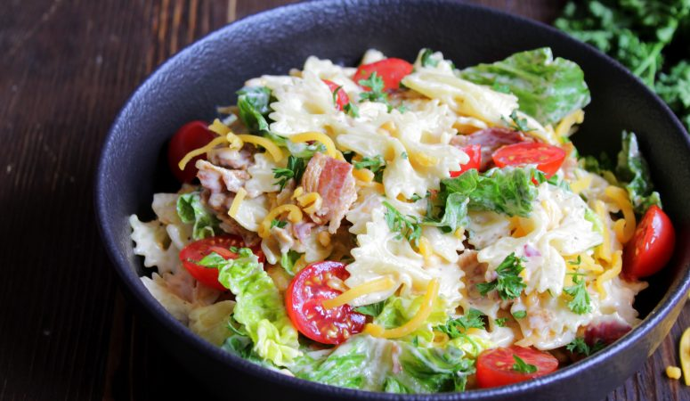BLT Pasta Salat