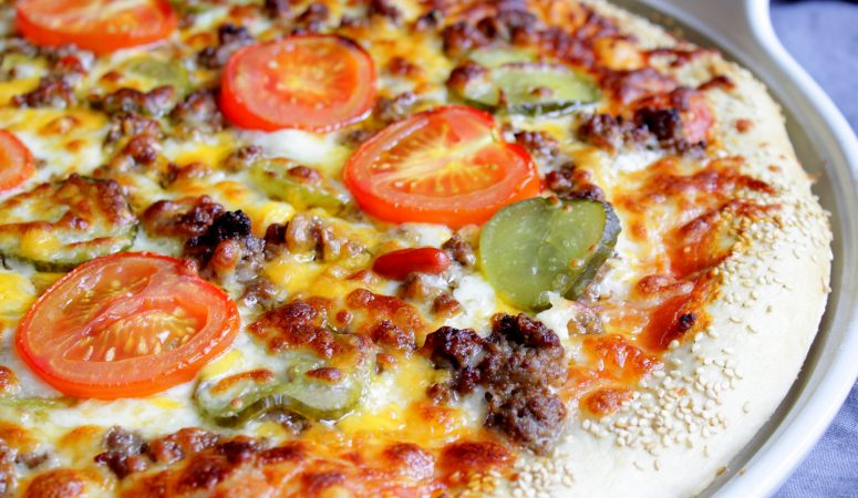 Pizza Cheeseburger Style