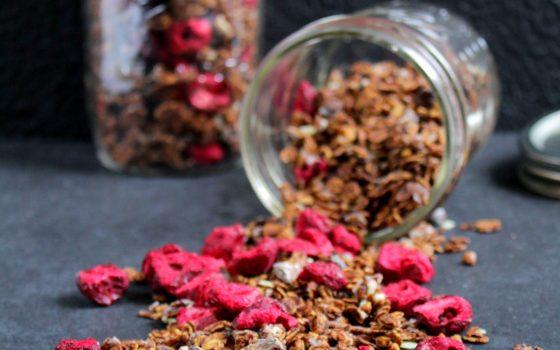 Cherry Choc Granola |     Schoko Granola mit Sauerkirschen