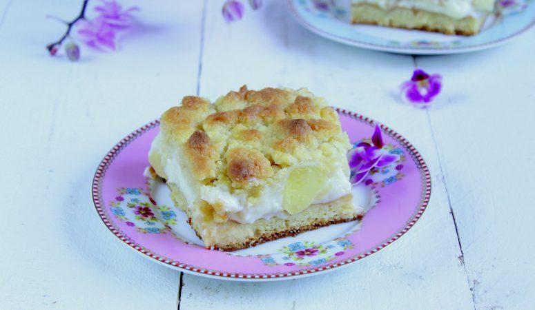 Streuselkuchen mit Apfel und Vanillecreme
