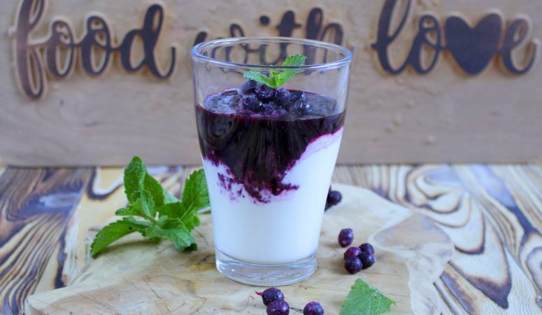Blaubeer Joghurt Smoothie