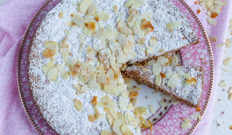 Mallorquinischer Mandelkuchen   Gató de almendra