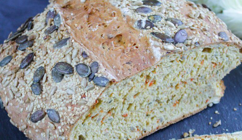 Joghurt-Möhren-Brot ohne Hefe
