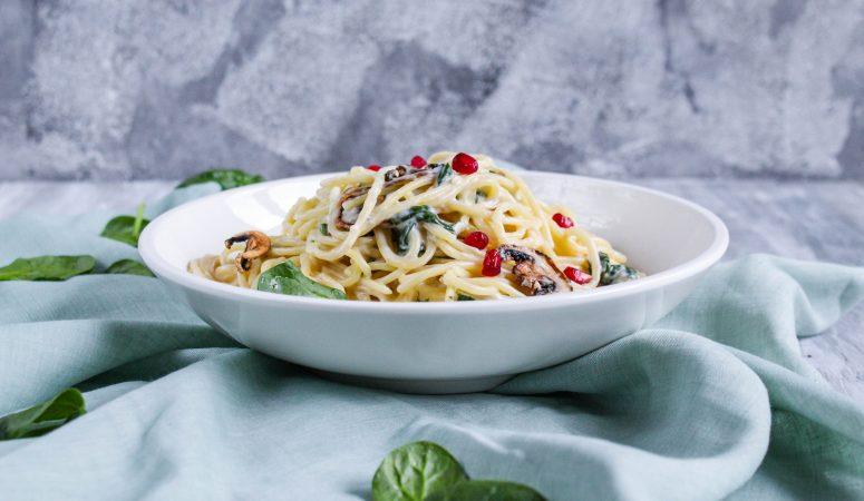 Pasta mit Gorgonzola-Spinat-Sauce