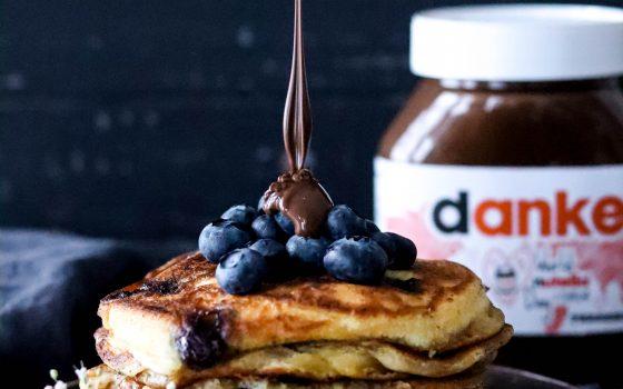 Joghurt Beeren Pancakes mit nutella®