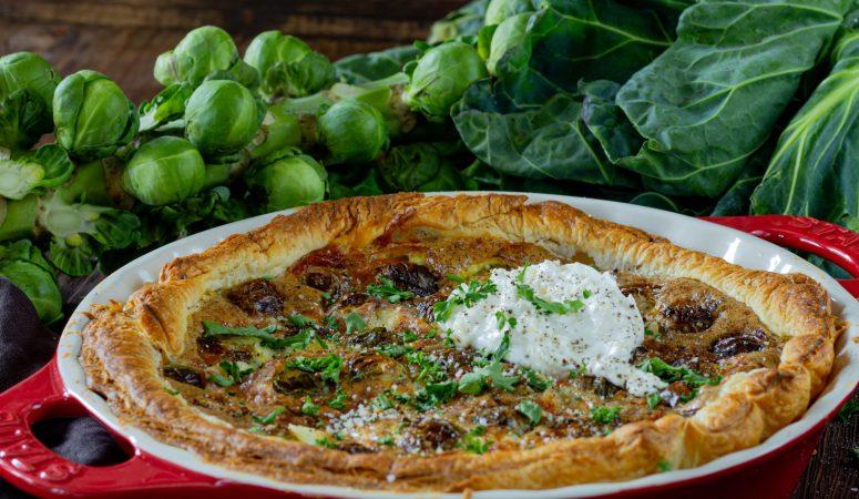 Rosenkohl Quiche mit Salsiccia und Burrata