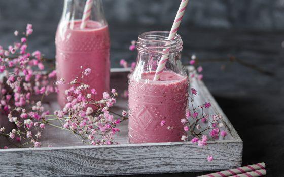 Cremiger Erdbeer-Himbeer-Smoothie